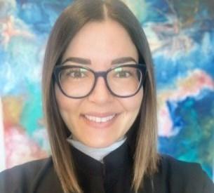 Dr. Britta Laslo